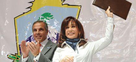 Cristina defendió el modelo K que permite al país resistir la crisis