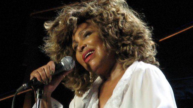 Legado. Tina Turner impactó con su voz potente y presencia escénica.