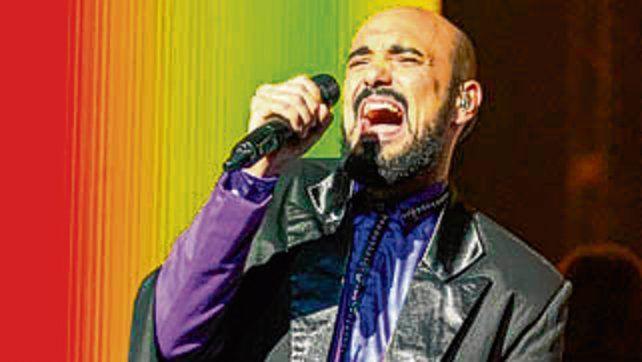 Invitado. El cantante Abel Pintos.