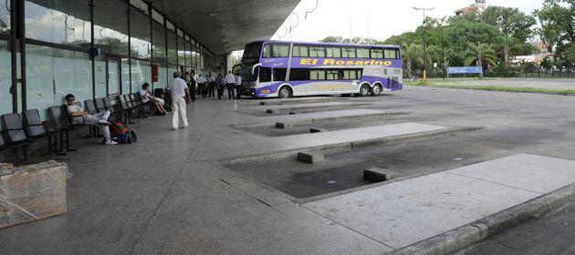 El paisaje en la estación Mariano Moreno es desolador
