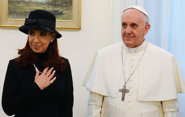 Símbolos de paz. Cristina y el Papa Francisco decidieron dar vuelta la página de desencuentros.