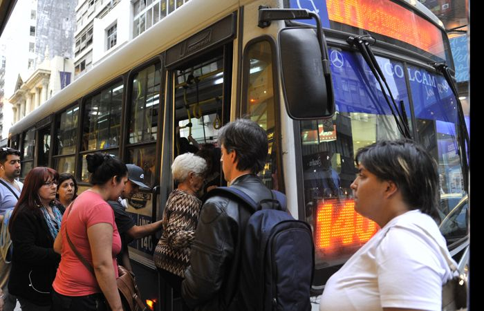 El estudio de costos del transporte reveló que el boleto debería costar alrededor de nueve pesos.