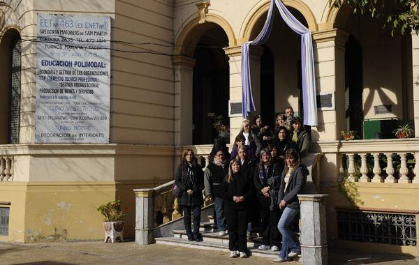 Los docentes hablaron con La Capital por el traslado de la escuela de Córdoba al 2600. (Foto: C. Mutti Lovera)