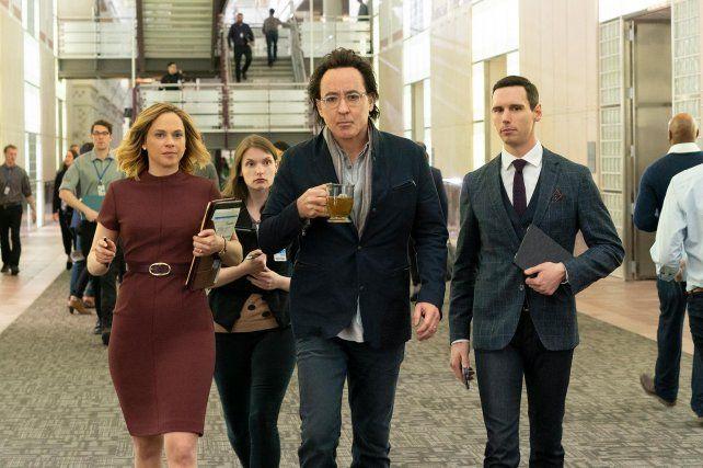 """John Cusack (en el medio) es uno de los protagonistas de """"Utopia""""."""