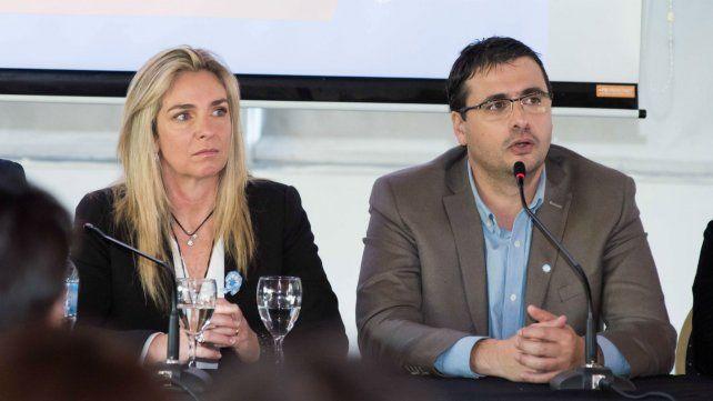 Schmuck y Chale proponen bajar la  presión tributaria a pymes y comercios