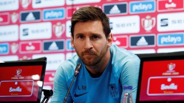 Lionel Messi ofrecerá este domingo una conferencia de prensa en el Camp Nou del Barcelona.