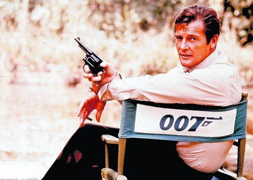 Fina estampa. Roger Moore fue James Bond en Vivir y dejar morir y La espía que me amó