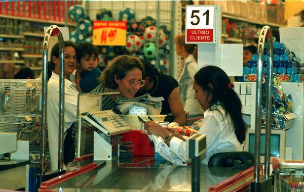 """Destacan en la resolución que """"el supermercado debe prever condiciones de seguridad adecuadas para cualquier cliente y en especial para los menores. (Foto archivo)"""