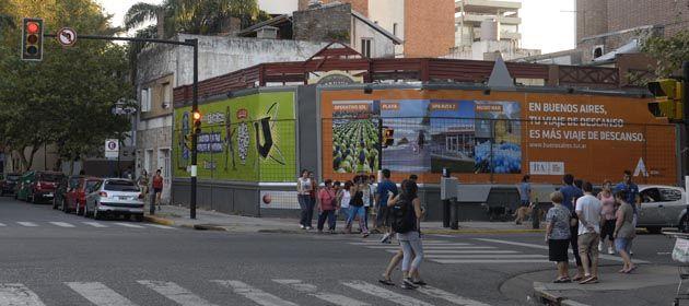 La esquina de Oroño y Rivadavia es el lugar elegido para instalar el megaemprendimiento.