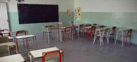 Aseguran que es alta la adhesión al paro docente en las escuelas rosarinas