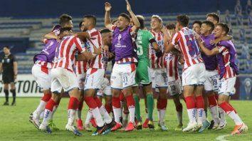 Unión se recuperó a tiempo y logró una clasificación histórica en Ecuador.