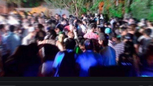 Las fiestas clandestinas son consideradas como fuentes muy peligrosas de contagios.