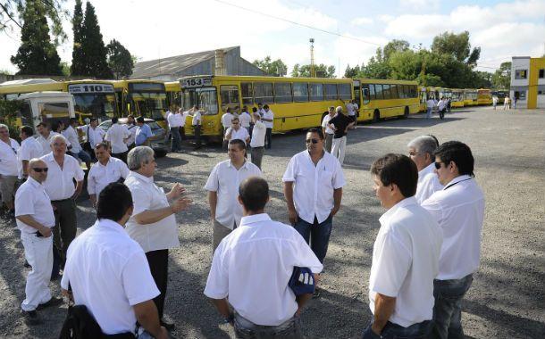 Críticos. Los choferes de las 17 líneas que administra la empresa Rosario Bus son los que más sufren los problemas de falta de mantenimiento de las unidades.