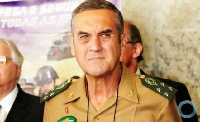 Un duro. Dio una entrevista a raíz de la intervención del ejército en Río.