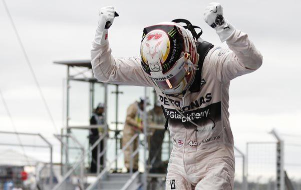 Hamilton revalidó su título