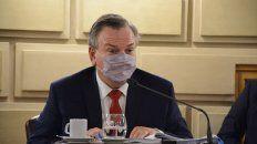 El senador Michlig señaló que restan aplicarse 4 millones de dosis.