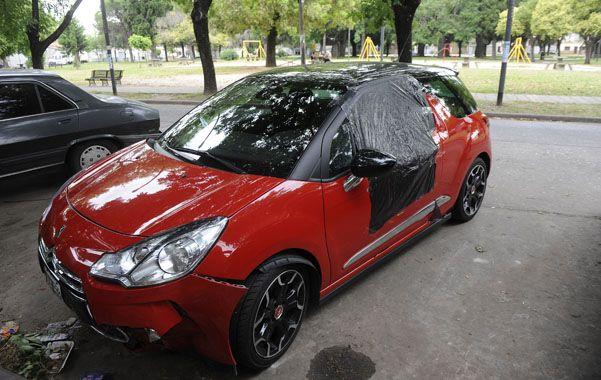 Emboscado. Medina iba con su novia en un Citroën DS3 rojo por el acceso sur cuando fue atacado.