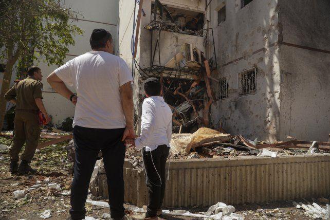 Daños graves en la ciudad israelí meridional de Ashdod. El sur de Israel sufrió lo peor de la ofensiva de Hamás.