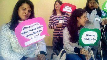 1 de cada 10 mujeres que viven en Argentina es una mujer con discapacidad. En una campaña audiovisual bajo el hashtag #SomosDeSeAr reclaman el fin de las distintas formas de violencia que les impiden ejercer sus derechos sexuales y reproductivos.