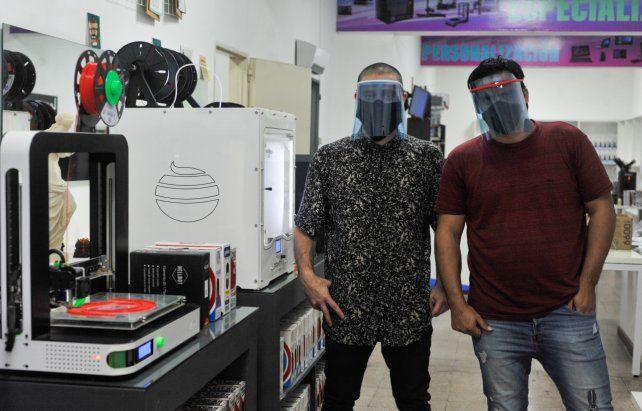 En acción. Juan Manuel y Lucas
