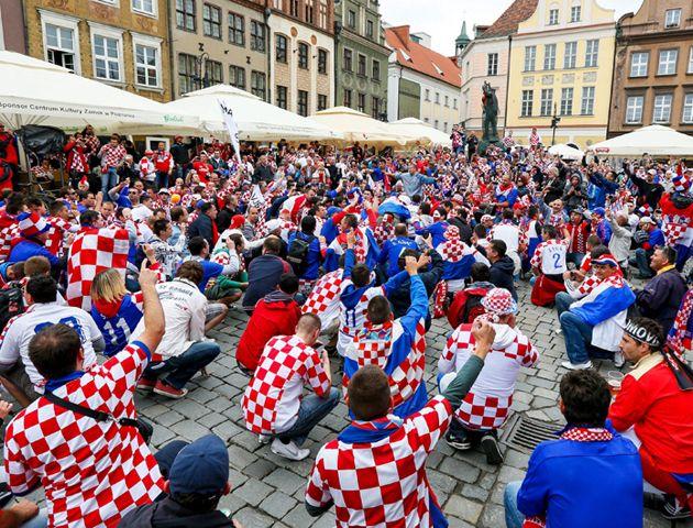 A horas del debut ante Brasil, los croatas prefieren ver a la selección antes que tener sexo