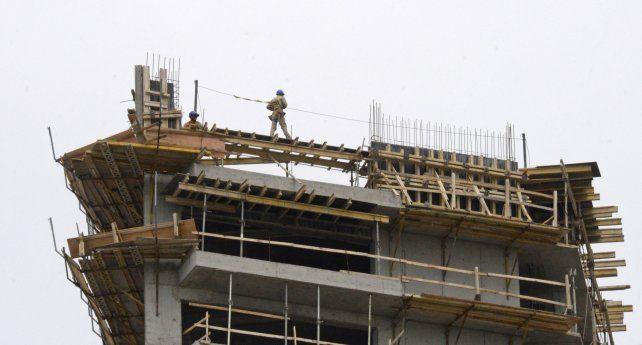 BAJO LA LUPA. La construcción es uno de los rubros que está en evaluación.