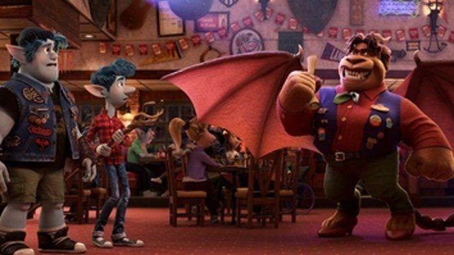 Trama. El filme presenta la primera creación abiertamente LGTBQ en una animación de Disney.