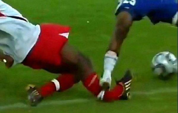 Un jugador de fútbol fue condenado a un año de cárcel por romperle la pierna a un rival