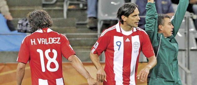 Gerardo Martino busca un delantero  de jerarquía y tendría apuntado al 9 que  dirigió en la selección paraguaya y pertenece a Manchester City.