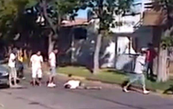 A las 6.30 de la mañana de ayer la TOE desplegó sus fuerzas en siete domicilios señalados en la pesquisa abierta para esclarecer el homicidio de Moreira.