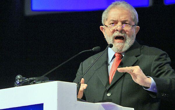 Vuelta al ruedo. El ex mandatario brasileño estudia candidatearse por su Partido de los Trabajadores.