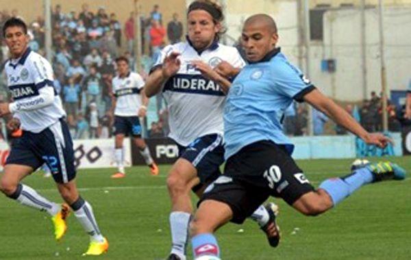 Gimnasia La Plata se imponía cómodo pero se quedó y Belgrano se lo empató