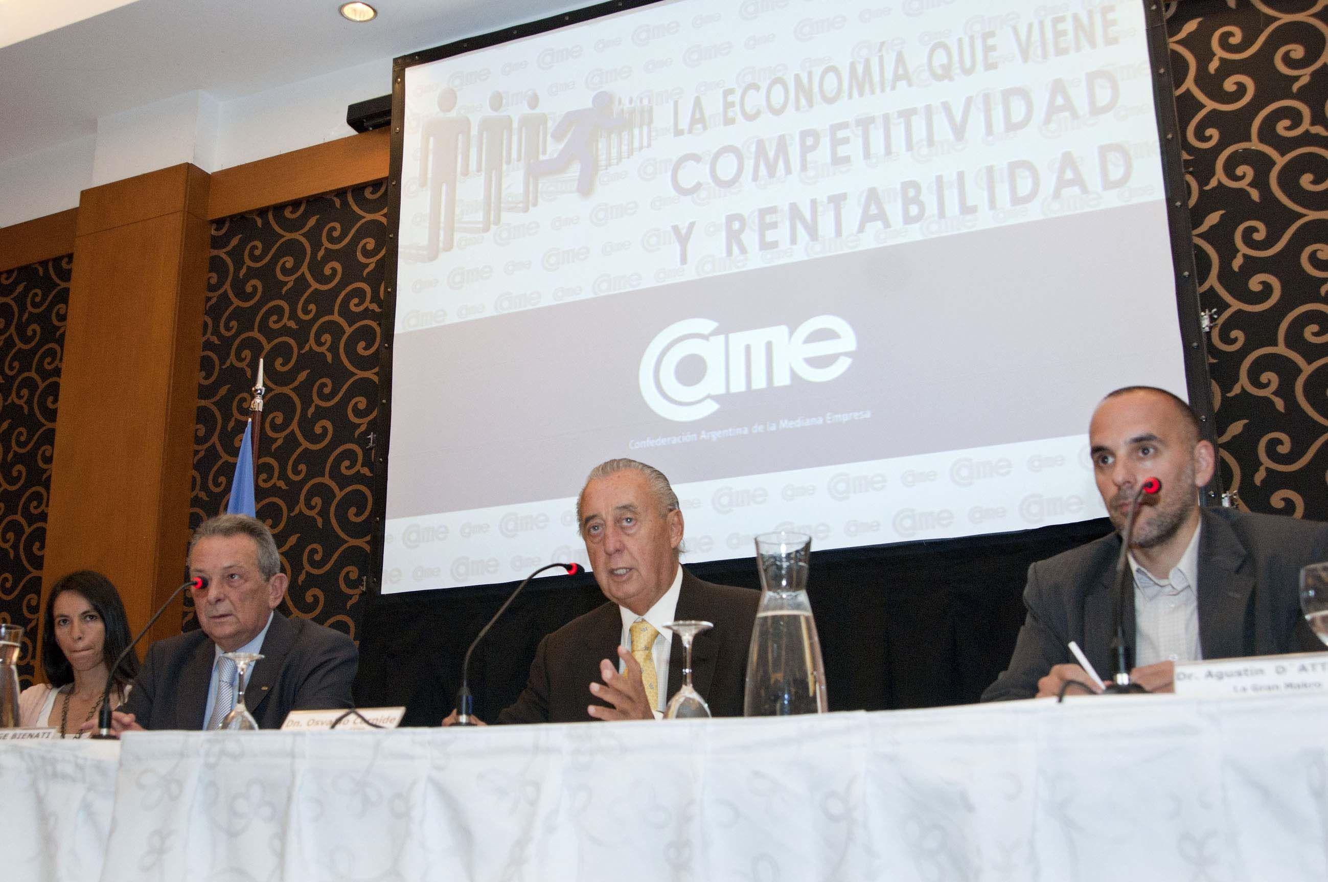 Cornide disertó en un foro de comercio y turismo en Mendoza. (Télam)