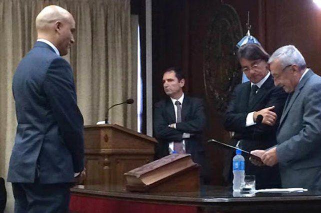 El día de la ceremonia de juramento frente a los miembros de la Corte.