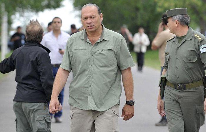 El gobierno pasó a retiro a Sergio Berni por haber estado en una situación irregular