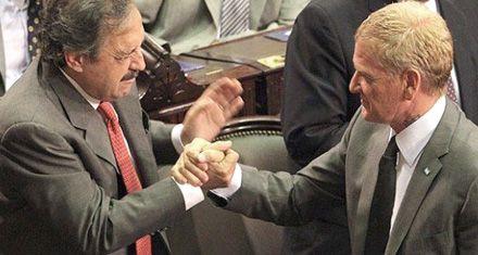 Alfonsín dejó afuera al socialismo y presenta el sábado su acuerdo con De Narváez