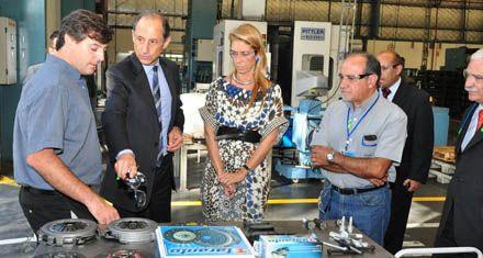 Importaciones: el gobierno busca calmar a industriales de Brasil