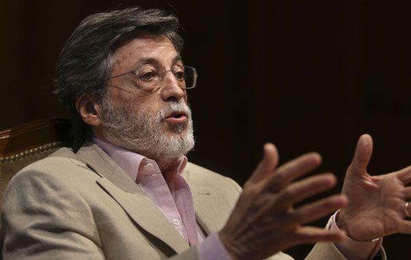 Fiscalización. El organismo que conduce Alberto Abad confirmó los plazos para aplicar la factura electrónica.