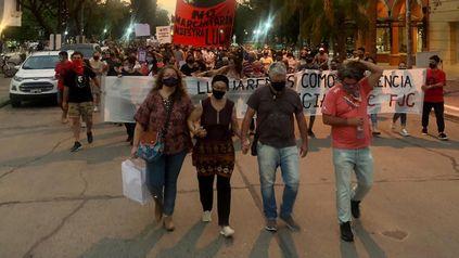 Una de las numerosas marchas que encabezó la familia para movilizar a la sociedad y encontrar al o los femicidas de Florencia.
