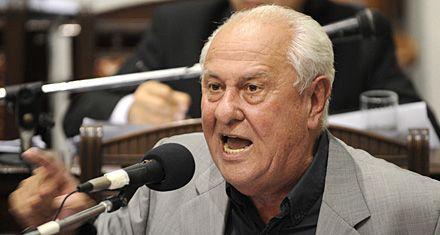 Héctor Cavallero: El 80 por ciento de los delitos es encubierto por la policía