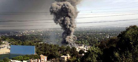 Un incendio destruyó parte de los estudios Universal en California