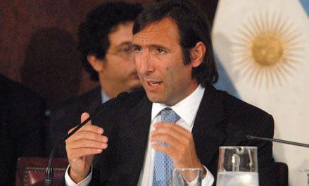 Lorenzino estimó que el 2012 será un buen año para la economía del país