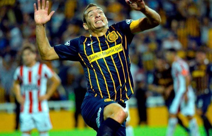 Marco Ruben festeja su gol ante los uruguayos