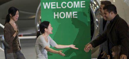 Emotivo regreso a EEUU de las periodistas liberadas en Norcorea