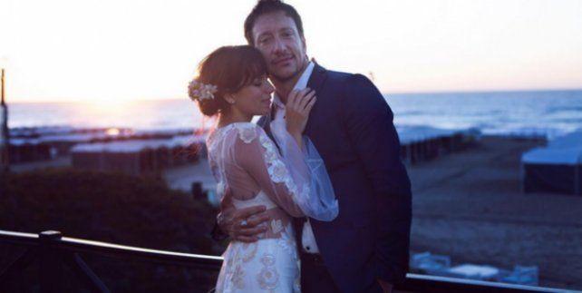 Muy emocionados, Nico Vázquez y Gimena Accardi agradecieron a todos luego de su casamiento
