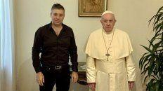 DUPLA. Evgeny Afineevsky junto a Francisco en oportunidad de una de las entrevistas para el filme.