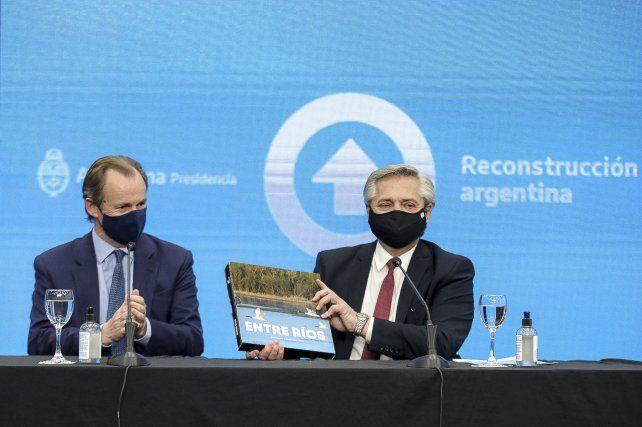 Alberto Fernández les pidió a los argentinos que se acostumbren a ahorrar en pesos