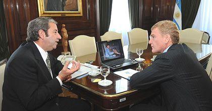 En medio de la campaña, el vicepresidente Cobos recibió a De Narváez