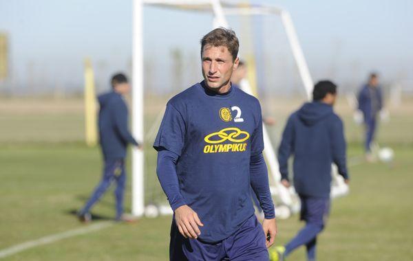 Valentini pidió estar concentrados atrás y tratar que el equipo esté corto en todas las líneas.
