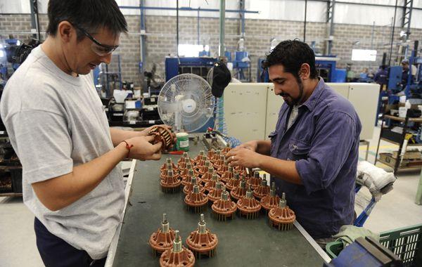 La industria es la rama que concentra el mayor porcentaje de asalariados en Rosario y es una de las que presenta más registración. (Foto: S. Suárez Meccia)